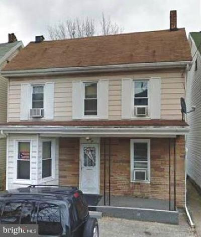 Hagerstown Single Family Home For Sale: 32 Avalon Avenue