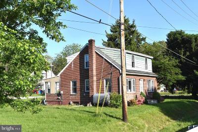 Sharpsburg Single Family Home For Sale: 104 N Church Street