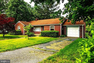 Sharpsburg Single Family Home For Sale: 225 E Main Street E