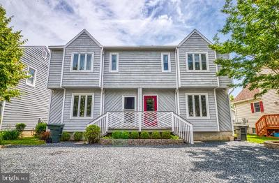 Ocean City Single Family Home For Sale: 323 S Bay Drive #B