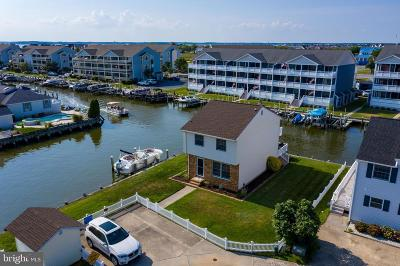Ocean City Single Family Home For Sale: 154 Newport Bay Drive