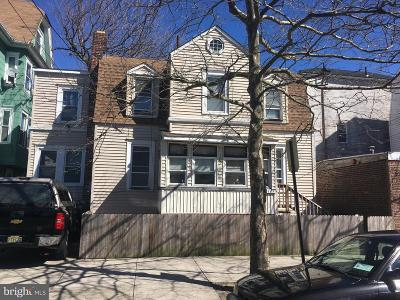 Atlantic City Single Family Home For Sale: 109 Iowa Avenue N
