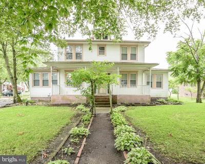 Hammonton Single Family Home For Sale: 202 N 4th Street