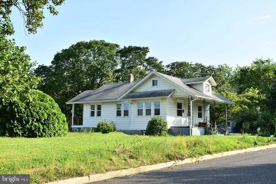 Hammonton Single Family Home For Sale: 210 Jacobs Street