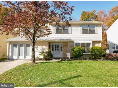 Evesham Single Family Home For Sale: 2 Kendall Court