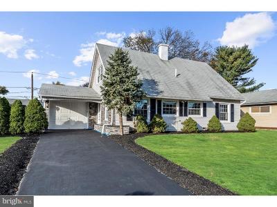 Willingboro Single Family Home For Sale: 11 Sterling Lane