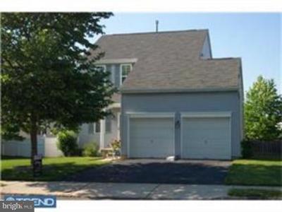 Burlington Township Single Family Home For Sale: 33 Clydesdale Drive