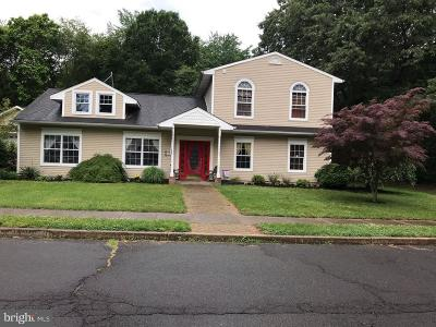 Florence Single Family Home For Sale: 17 Tall Timber Lane