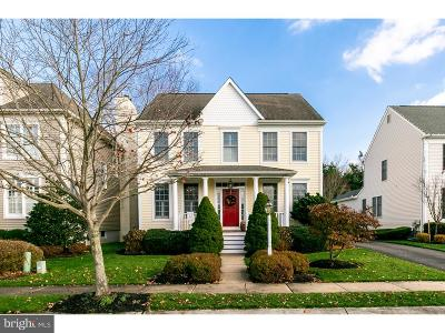 Medford Single Family Home For Sale: 55 Hampshire Way