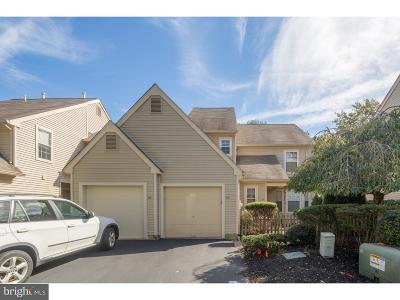 Evesham Single Family Home For Sale: 102 Woodlake Drive
