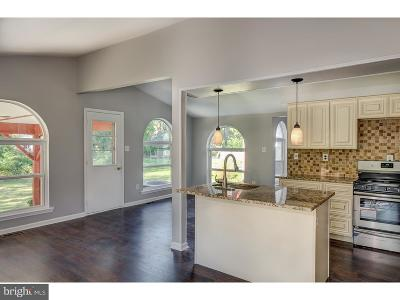 Marlton Single Family Home For Sale: 2 Meeting House Place