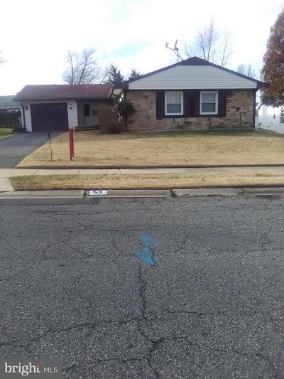 Willingboro Single Family Home For Sale: 53 Grayson Circle