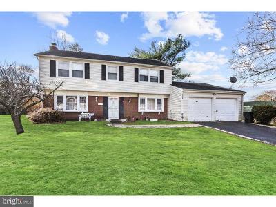 Willingboro Single Family Home For Sale: 154 Toledo Lane