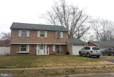 Willingboro Single Family Home For Sale: 50 Plumtree Lane