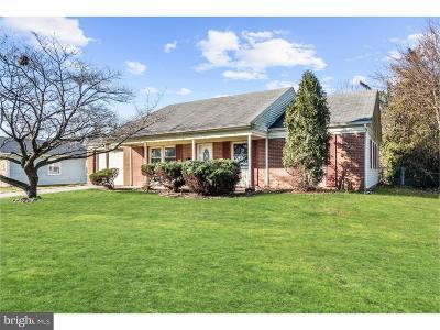 Willingboro Single Family Home For Sale: 12 Twig Lane