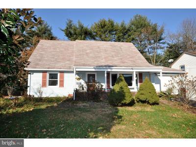 Willingboro Single Family Home For Sale: 53 Holyoke Lane