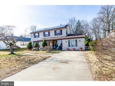 Willingboro Single Family Home For Sale: 101 Plumtree Lane