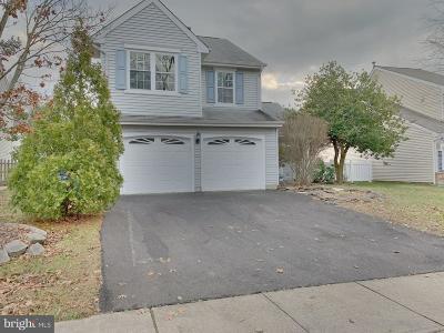 Burlington Single Family Home For Sale: 16 Ridgewood Way