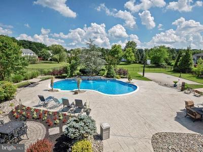 Mount Laurel Single Family Home For Sale: 4 Trillium Lane