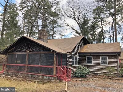 Medford Lakes Single Family Home For Sale: 152 Blackfoot Trail