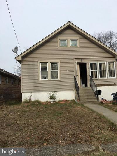 Burlington Single Family Home For Sale: 105 Elm Avenue