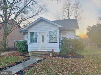 Burlington Single Family Home For Sale: 7 Frazier Street