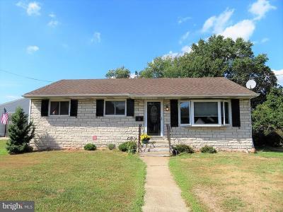 Bordentown Single Family Home For Sale: 59 Charles Bossert