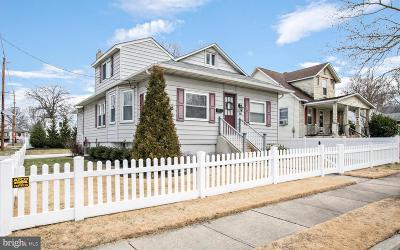Maple Shade Single Family Home For Sale: 103 S Poplar Avenue