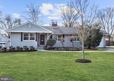 Moorestown Single Family Home For Sale: 306 Colonial Avenue