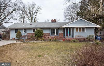 Moorestown Single Family Home For Sale: 307 Pembrook Avenue