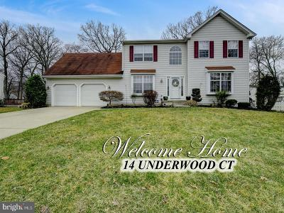 Burlington Single Family Home For Sale: 14 Underwood Court
