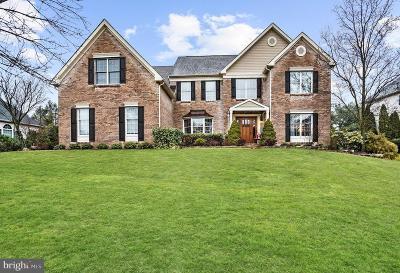 Moorestown Single Family Home For Sale: 150 Oakmont Drive