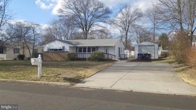 Burlington Single Family Home Under Contract: 13 Center Avenue