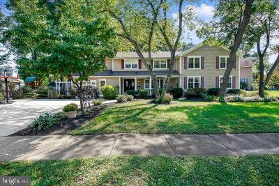 Cinnaminson Single Family Home For Sale: 2408 Saint Charles