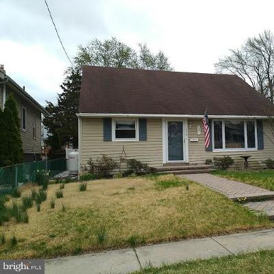Maple Shade Single Family Home For Sale: 318 County Avenue