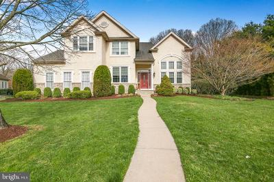 Mount Laurel Single Family Home For Sale: 8 Reserve Court