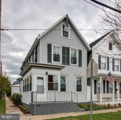 Florence Single Family Home For Sale: 200 Broad Street