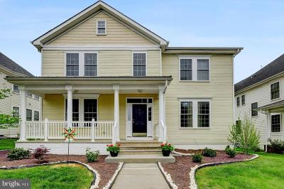 Chesterfield Single Family Home For Sale: 6 Bullock Way