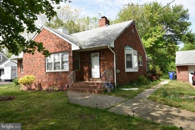Burlington Single Family Home For Sale: 1809 Mount Holly Road