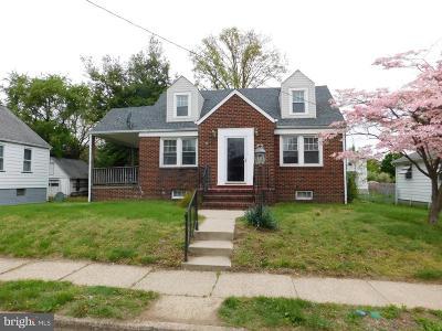 Burlington Single Family Home For Sale: 822 Moorland Avenue