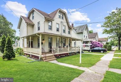 Delanco Single Family Home For Sale: 725 Chestnut Street