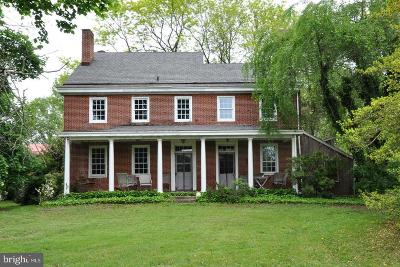 Chesterfield Single Family Home For Sale: 61 White Pine Road