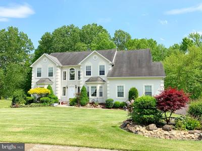 Wrightstown Single Family Home For Sale: 206 Yorkshire Terrace