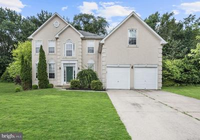 Hainesport Single Family Home For Sale: 21 Anchor Court