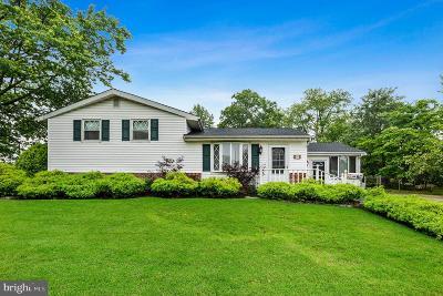 Delanco Single Family Home For Sale: 2 Edwards Avenue