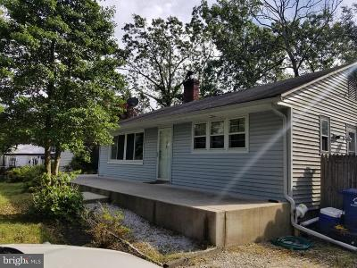 Browns Mills Single Family Home For Sale: 13 Hydrangea Street