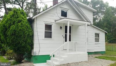 Browns Mills Single Family Home For Sale: 491 Lakehurst Road