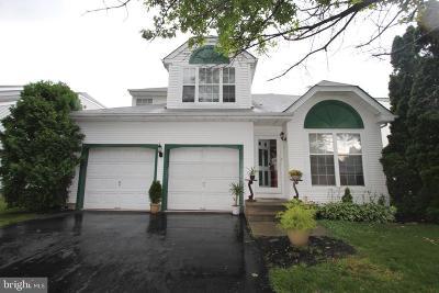 Burlington Single Family Home For Sale: 57 Stirrup Way