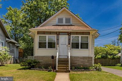 Moorestown Single Family Home For Sale: 14 Moore Street