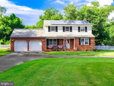 Bordentown Single Family Home For Sale: 2067 Burlington Columbus Road